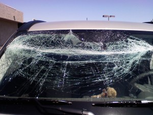 broken windshield gilbert